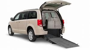 Grand Caravan Braunability Manual Rear-entry