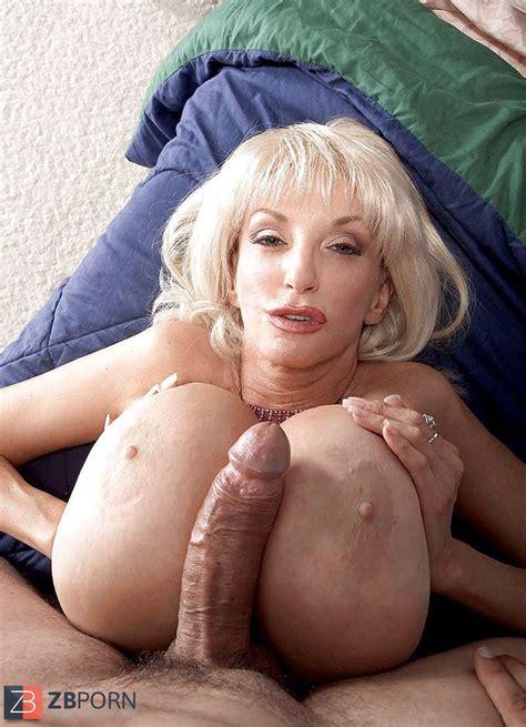Dee Dee Deluxx Aka Tina Owen Zb Porn
