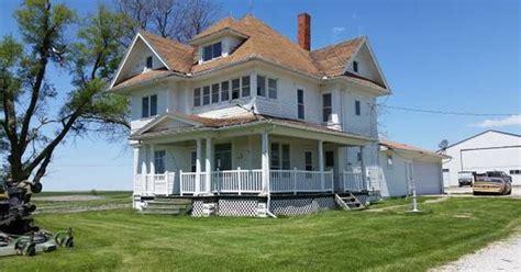 Haus Kaufen In Dallas Usa by Free Farmhouse Ultimate Iowa Stuffer