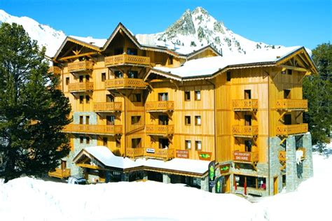 iski 174 catered chalets les arcs sole use groups