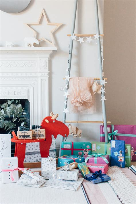 christmas wrapping ideas  childrens presents  give