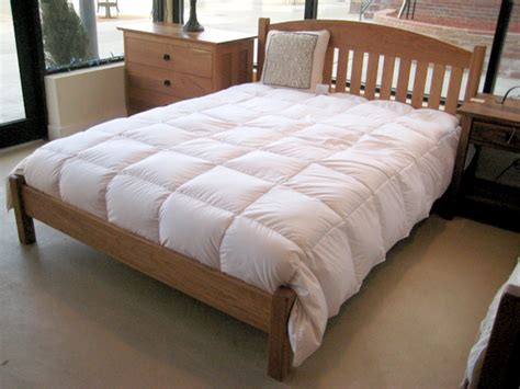 Solid Cherry Queen Slat Arch Platform Bed