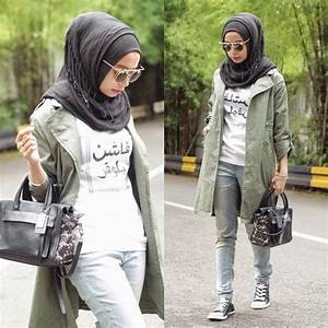 Style Hijab Model Celana Jeans Untuk Wanita Berhijab | JALLOSI