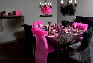 Decoration de table sur le theme glamour articles de fete for Salle de bain design avec décoration de table pour anniversaire 20 ans
