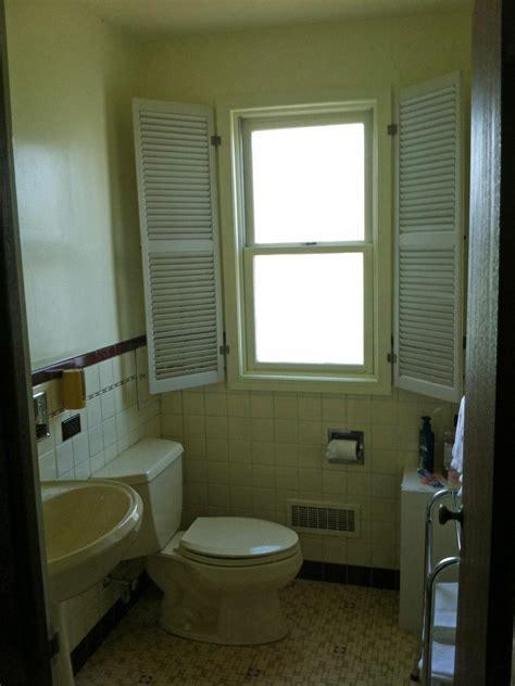 Hgtv Bathroom Makeovers by Orange White Bathroom Makeover Rachael Franceschina Hgtv