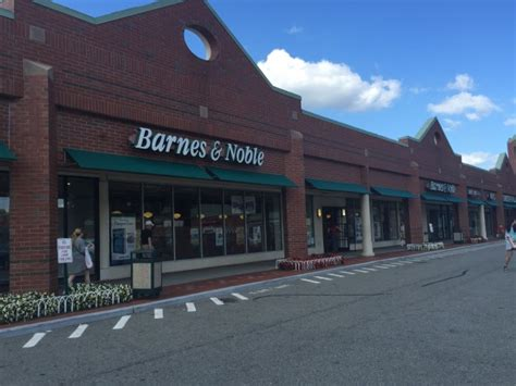 All Remaining Barnes & Noble Locations Closing In Queens
