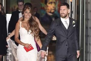 El vestido de novia de la mujer de Messi, Antonela Rocuzzo ...