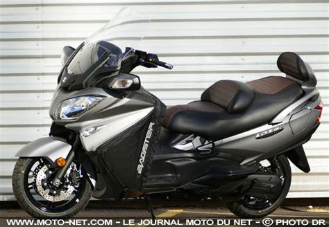 2019 Suzuki Burgman 650 by Gt Suzuki D 233 Voile La Sv650 Yoshimura Et Le Burgman 650
