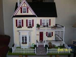 Victorian Farmhouse Dollhouse