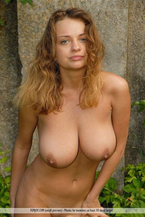 Free Gallery Of Busty Ukrainian Babe Anastasia