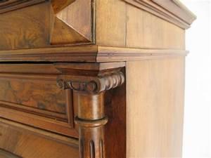 Möbel Mit Geheimfach : gro er sekret r um 1850 ionische drechsels ulen wurzelholzfurni ~ Eleganceandgraceweddings.com Haus und Dekorationen