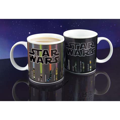 Star wars mug, lightsabers appear with heat (12 oz). Star Wars Lightsaber Heat Change Mug | Star wars mugs ...
