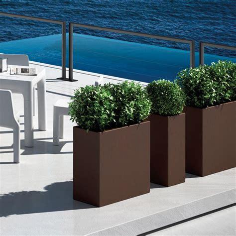 fioriere in resina per esterno fioriera da giardino diversi colori e misure
