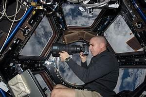 Astronaut Chris Cassidy Inside Station Cupola | NASA