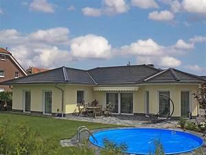 Bungalow Mit Garage Bauen : bungalow bauen mit marco heise bau gmbh in und um berlin ~ Lizthompson.info Haus und Dekorationen