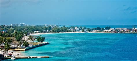 6 things to do in nassau bahamas travel blue book