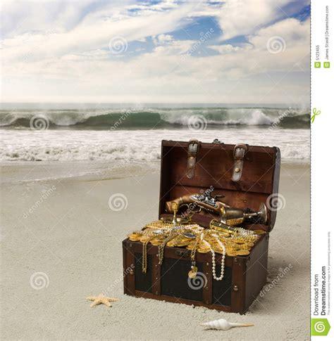 image de coffre de pirate coffre de pirate photo libre de droits image 5123455