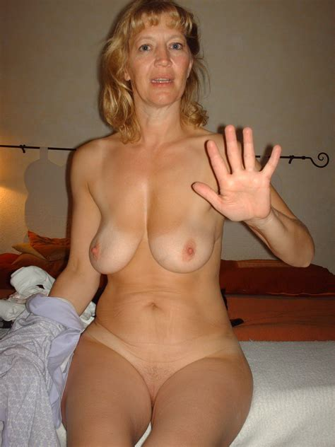Digitalvoyeur65 In Gallery Amateur Milf Widow Big Tits