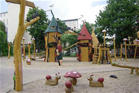 Botanischer Garten Bochum Barrierefrei by Barrierefreie Spielpl 228 Tze Finden Auf Spielplatztreff De