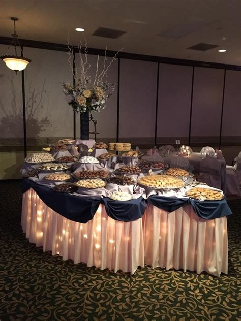family wedding cookie table youngstown  wedding