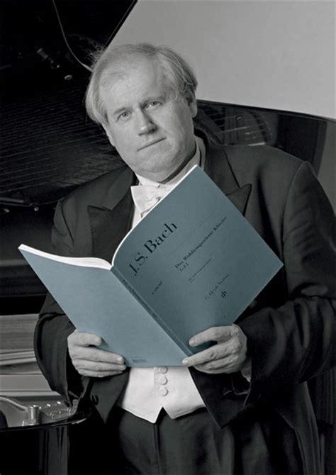 grigory sokolov piano short biography