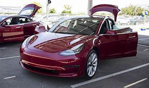 Tesla Model 3 Price : tesla model 3 awd and performance price specs 0 60mph and power ~ Maxctalentgroup.com Avis de Voitures
