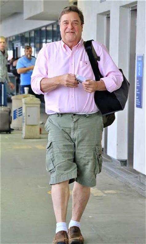actor john goodman lost hundreds  pounds