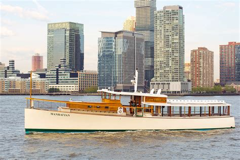 Boat Ride Around Manhattan New York by Boat Tours Aia New York