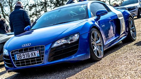 Blue Audi Wallpaper by Blue Audi R8 V10 Pictures
