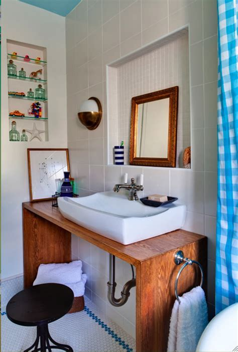 Stylish nautical bathroom makeover