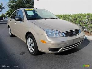 Ford Focus 2006 : 2006 pueblo gold metallic ford focus zx4 ses sedan ~ Melissatoandfro.com Idées de Décoration