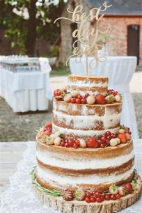 best 25 berry wedding cake ideas on fruit wedding cake fruit wedding and cake with - Hochzeitstorte Selber Backen Rezept