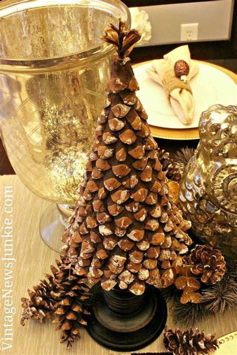 96 best Pinecone Crafts images on Pinterest   Pine cones