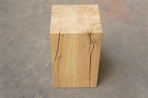 Hocker Sitzklotz Massiv Holzblock Dekosäule Eichenklotz Blumenständer Holzsäule