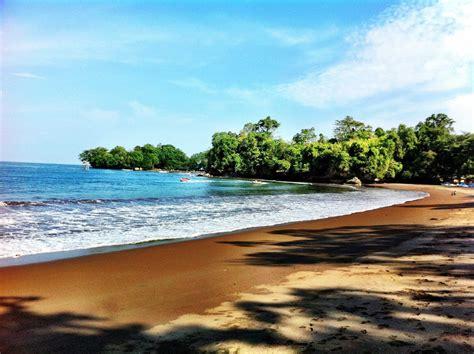 tempat wisata pantai  jawa barat  wajib dikunjungi