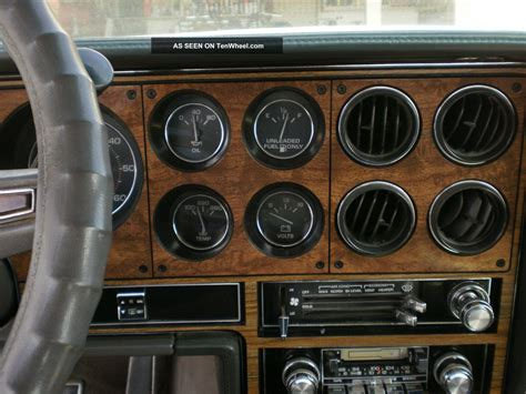 1983 Pontiac Grand Prix Brougham Coupe 2 - Door 5. 0l