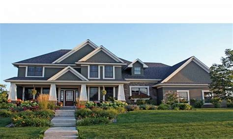 craftsman style house plans two 2 craftsman style house plans split entry craftsman
