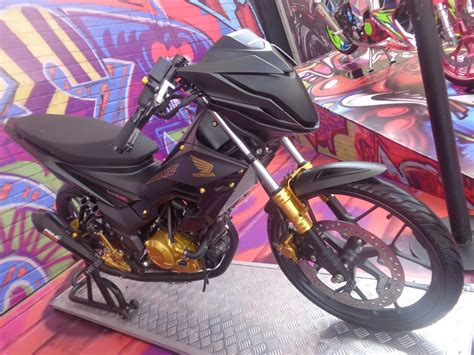 Honda New Sonic Hitam Modif by 98 Foto Modifikasi Motor Sonic Teamodifikasi