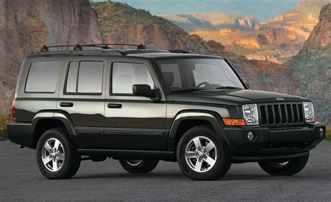 jeep commander vs car and driver