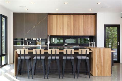 restauration armoires de cuisine en bois armoire cuisine en bois amazing explorez armoires de