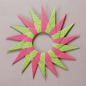 Sterne Aus Papier Falten : origami sterne falten faltsterne anleitung kostenlos fertig kreativ origami sterne origami ~ Buech-reservation.com Haus und Dekorationen