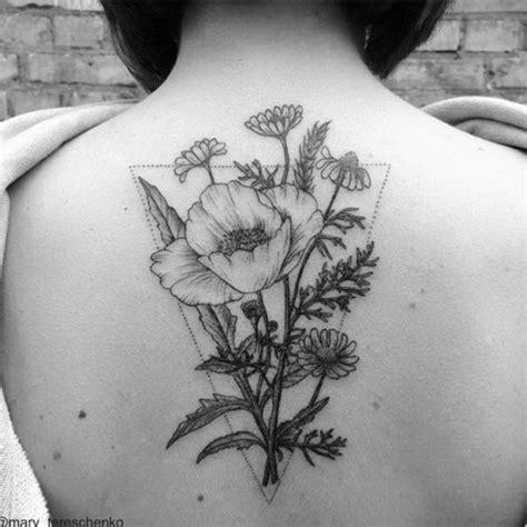 schiena fiori tatuaggi fiori significato e foto fiori piccoli