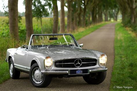 Mercedes-benz 280 Sl 'pagode', 1968 French Cottage Kitchen What Is A Galley Style Beautiful Kitchens Contemporary Photos Remodel Small Yellow Decorations Images Plans Layouts