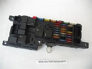 Volvo V70 T5 Front Fuse Box Controller 518829007