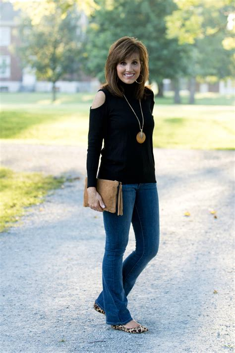 2 Ways to Wear a Black Turtleneck - Grace u0026 Beauty