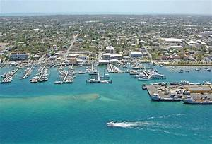 Nassau Yacht Haven In Nassau Bahamas Marina Reviews