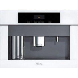 Switching on when the machine is switched on it heats up and rinses out the pipework. Miele Coffee maker / white #mielecoffeemachine (With ...