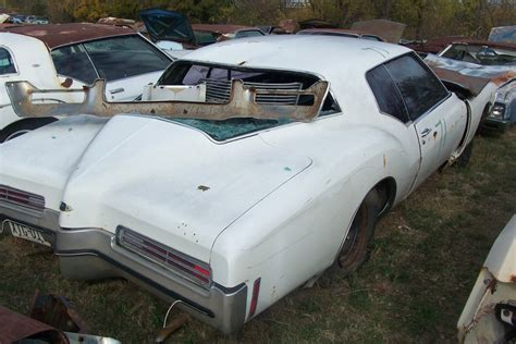 71 Buick Riviera For Sale by 1971 Buick Riviera Parts Car 2
