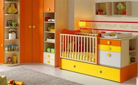 chambre bébé orange 35 idées originales pour la décoration chambre bébé
