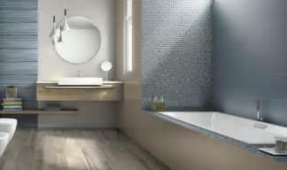 modernes badezimmer ideen bad mit mosaikfliesen gestalten moderne bilder vorschläge